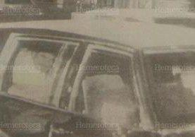 Imagen tomada de un video en donde se ve al gobernante en un auto negro. (Foto: Hemeroteca PL)