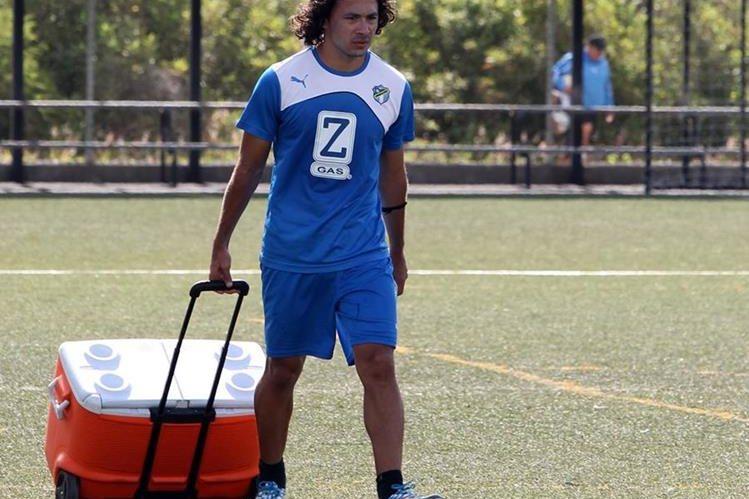Agustín Herrera vivió grandes momentos con el equipo crema. (Foto Prensa Libre: Hemeroteca PL)