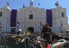 Procesión de Santo Domingo recorre Centro Histórico de la capital.