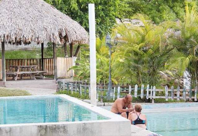 La mayoría de los visitantes llega al balneario al atardecer debido al clima cálido de la zona. (Foto: Hemeroteca PL)