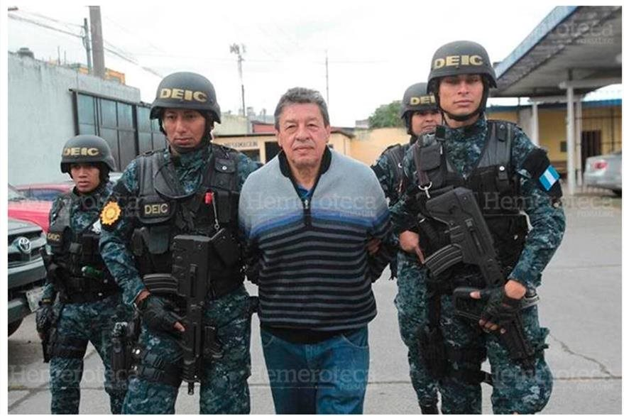 César Augusto González Arroyo, ex comandante del CVB, es capturado el 17/ 11/2016 por corrupción. (Foto: Hemeroteca PL)