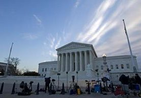 Vista general de la Corte Suprema de EE. UU. donde se debate el tema del uso de las redes sociales. (Foto Prensa Libre: AP).