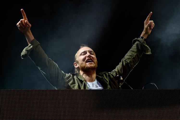 El Dj David Guetta ofrecerá concierto en Francia previo a la Euro 2016. (Foto Prensa Libre: AP)
