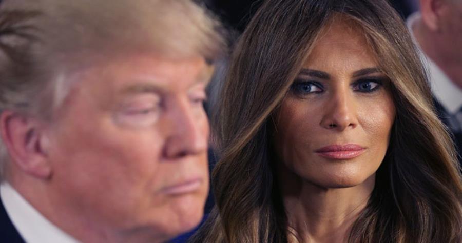 El candidato republicano al republicano Donald Trump junto a su esposa Melania.