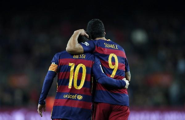 Messi y Suárez fueron figuras una vez más. (Foto Prensa Libre: AP)