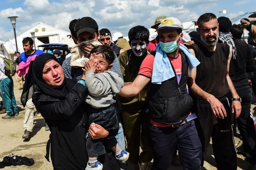 Drama humano en Idomeni. (Foto Prensa Libre: AFP).
