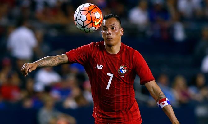 Blas Pérez es una de las figuras de la selección de Panamá y se convertiría en jugador de Municipal. (Foto Prensa Libre: Hemeroteca)