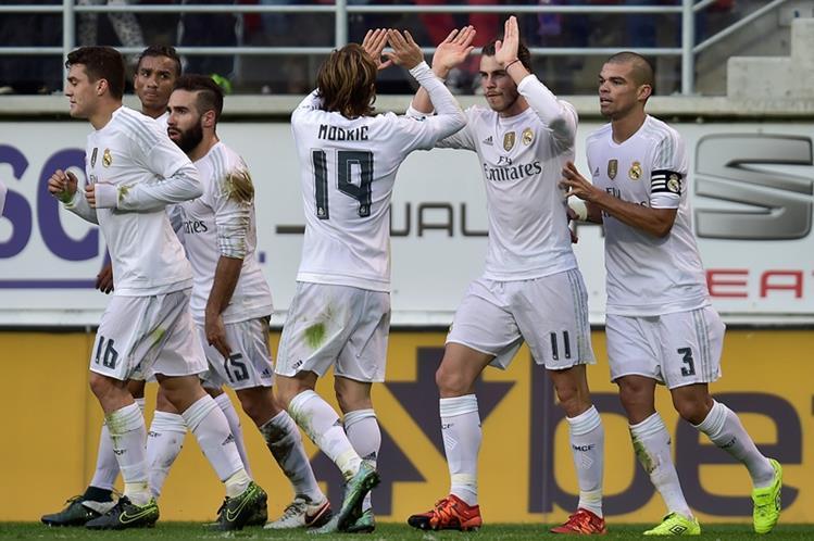 El Real Madrid superó sin brillo al Eibar. (Foto Prensa Libre: AP)