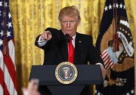 """""""Voy a emitir un nuevo decreto en la próxima semana, que protegerá nuestro país de forma amplia"""", dijoDonald Trump."""