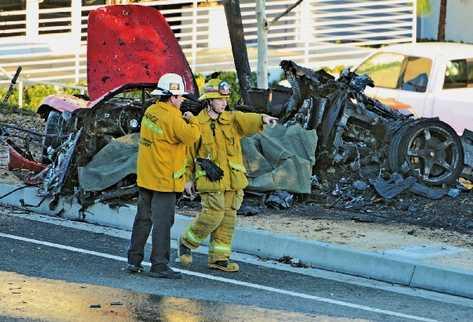 Actor estadounidense vijaba en un Porsche Carrera GT rojo que quedó totalmente destruido.