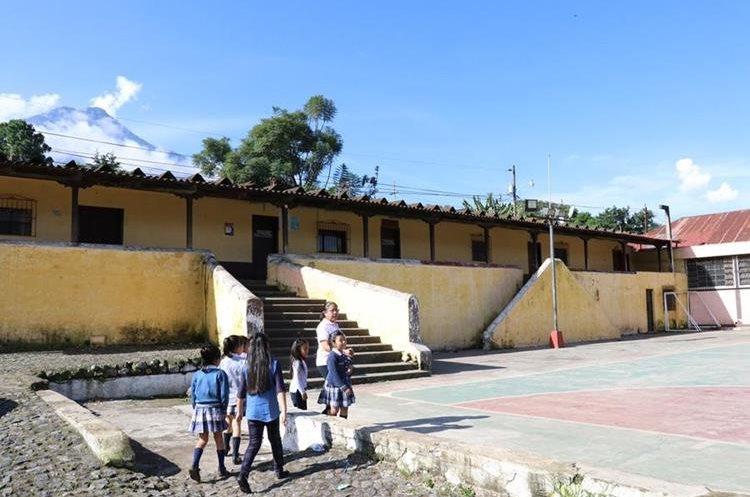 La alcaldía auxiliar de San Juan del Obispo, Antigua Guatemala. (Foto Prensa Libre: Julio Sicán)