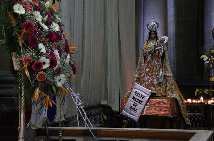 La réplica de la Virgen del Rosario estará en Xela hasta el 3 de diciembre, luego retornará a la capital. (Foto Prensa Libre: María José Longo)