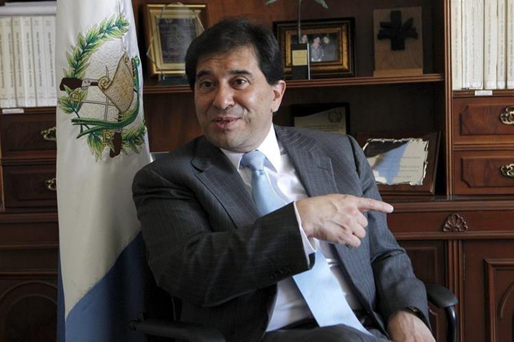 Harold Caballeros es director de varias empresas registradas en paraísos fiscales, según los Papeles de Panamá. (Foto prensa Libre: Hemeroteca PL)