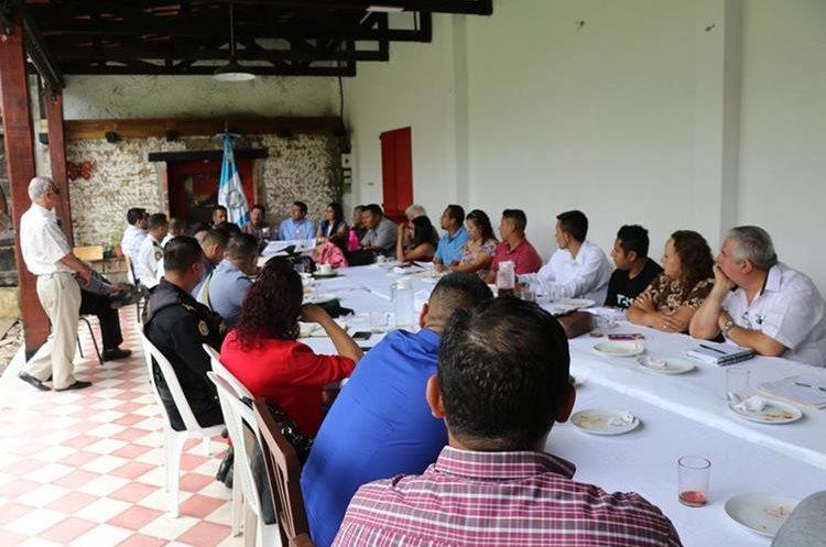 El Ministro de Gobernación Francisco Lara envió a un representante.(Prensa Libre:Hugo Oliva)