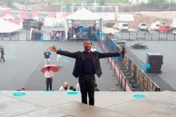 Chayanne realizó ayer la prueba de sonido para el concierto de esta noche. (Foto Prensa Libre Tomada de Tour.Chayanne.com