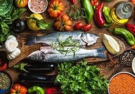 Consumir una dieta meditárrenea evita la pérdida de células cerebrales.