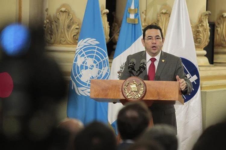 Ejecutivo se ha desligado de responsabilidad del contrato y aseguran que Mérida actuó a título personal. (Foto Prensa Libre: Carlos Hernández)