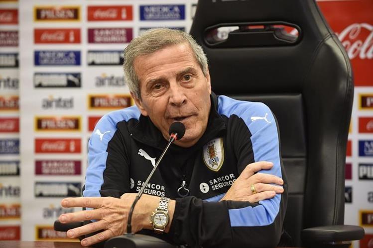 El técnico de Uruguay, Óscar Tabárez asegura que tendrá un rival complicado frente a Venezuela. (Foto Prensa Libre: AFP)