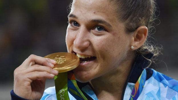 Paula Pareto logró la primera medalla de oro para Argentina en Río. (EPA)