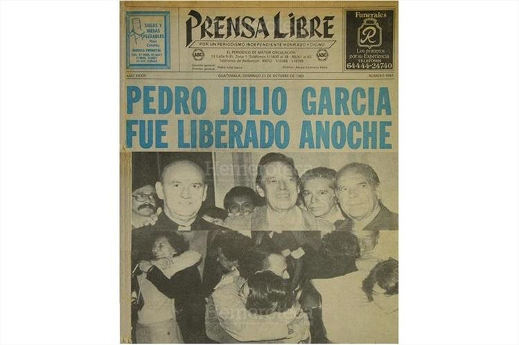 23/10/1983 Pedro Julio García es recibido con júbilo luego de su liberción. (Foto: Hemeroteca PL)