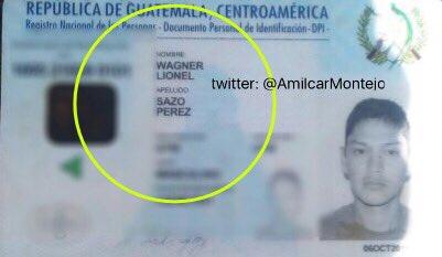 El documento personal de identificación de Wagner Sazo fue localizado por los Bomberos Municipales junto a una osamenta que estaba entre arbustos, en el puente Las Vacas, zona 6. (Foto Prensa Libre: Amílcar Montejo)