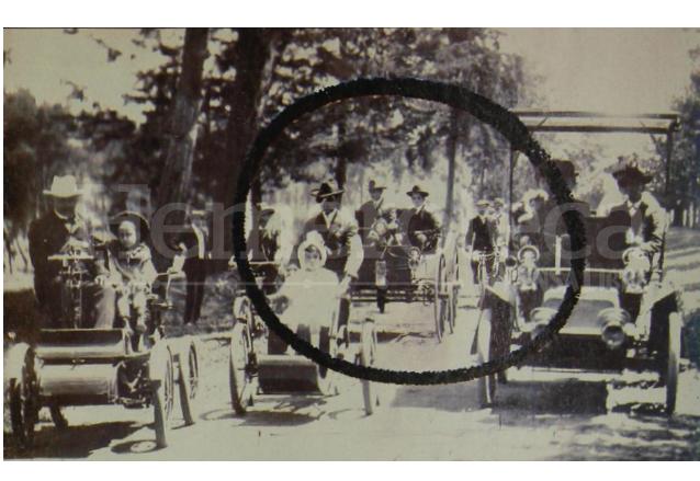 El primer Holsman en Guatemala era igual al que aparece encerrado en el círculo. (Foto: Hemeroteca PL)