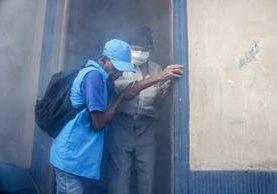 Para ricos y pobres, el zika significa cosas muy distintas. (Foto Prensa Libre: AP).