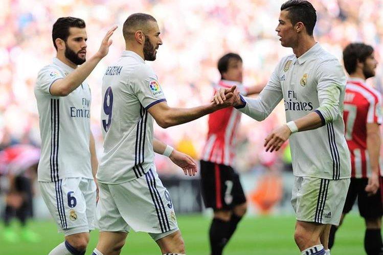 El Real Madrid se afianzó al liderato con un partido menos en la Liga. (Foto Prensa Libre: AFP)