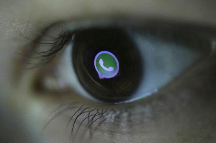Recientemente WhatsApp mejoró su sistema de protección de privacidad. (Foto Prensa Libre: qz.com).