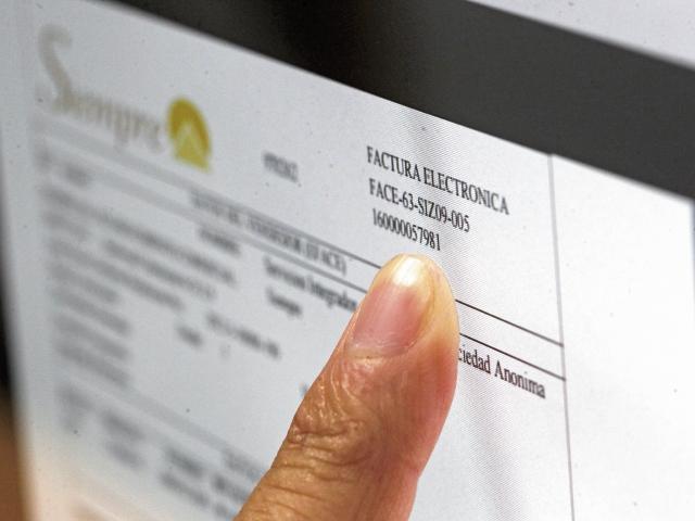 LA SAT implementará la nueva versión de la factura electrónica fase dos, que tendrá nuevos mecanismos de control a los contribuyentes.