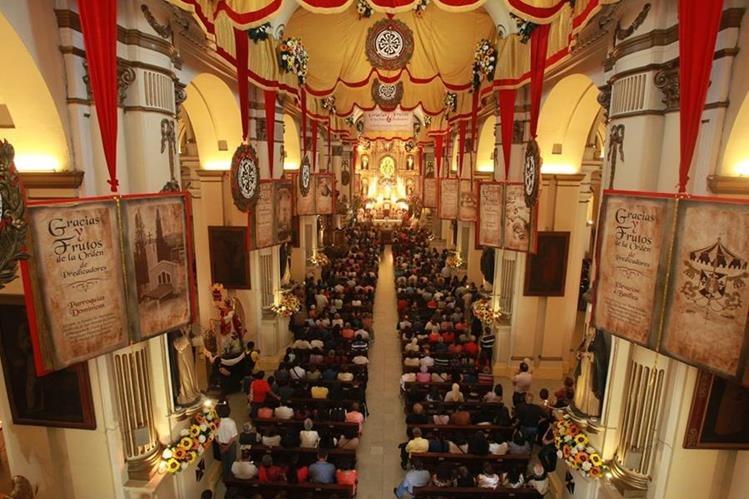 El adorno del 2016 fue alusivo a los 800 años de la Orden de Predicadores y su labor en Guatemala. (Foto: Hemeroteca PL)