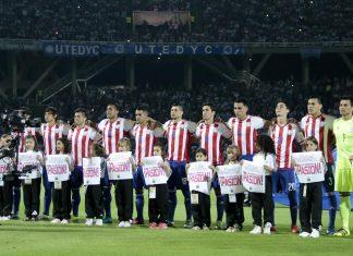 La selección paraguaya junto a la argentina fueron perjudicados por la sanción de Bolivia. (Foto Prensa Libre: apf.org.py)