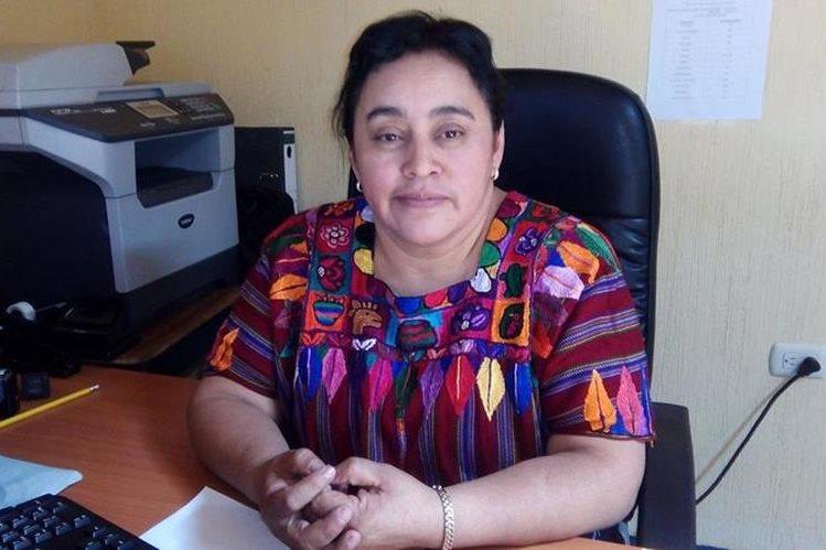 Rosa Elvira Colop García, exdelegada de la Demi en Quetzaltenango, fue destituida del cargo por supuestos cobros ilegales. (Foto Prensa Libre: María José Longo)