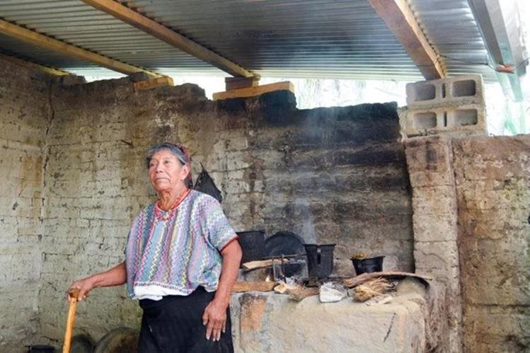 Los ingresos no son suficientes para cubrir los gastos mínimos. (Foto Prensa Libre: Hemeroteca PL)
