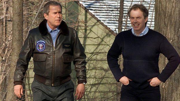La relación entre George Bush y Tony Blair fue intensa en los meses anteriores a la invasión de Irak. AFP