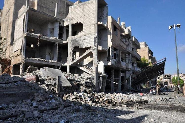 Los bombardeos en Siria no cesan, a pesar de tregua. (Foto Prensa Libre: EFE)