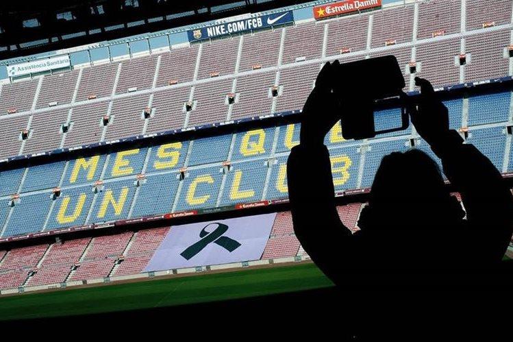 El Camp Nou tendrá medidas extremas para el clásico frente al Real Madrid. (Foto Prensa Libre: AFP)