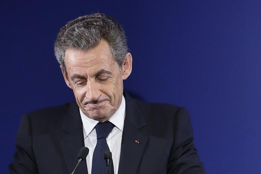 El expresidente fránces Nicolas Sarkozy es el gran perdedor en la primarias de la derecha. (AP)