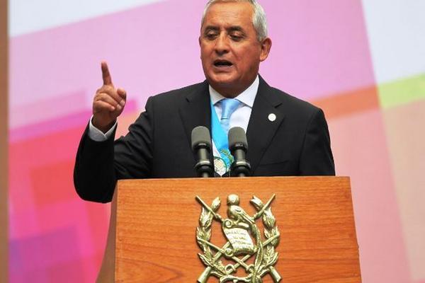 "<p>Otto Pérez Molina entrega su tercer informe de gobierno. (Foto Prensa Libre: Esbin García)<br _mce_bogus=""1""></p>"