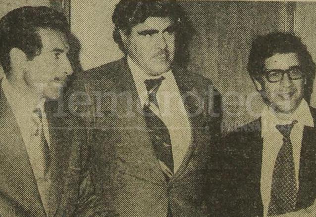 Efraín Ríos Montt, Alberto Fuentes Mohr y Manuel Colom Argueta, miembros de una coalición conversan luego de conocerse el fraude electoral de 1974 en el que ganó el general Laugerud García. (Foto: Hemeroteca PL)