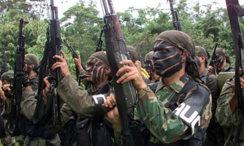 Docente facilitaba niñas estudiantes a bandas paramilitares.