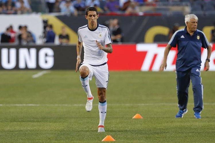 Di María preocupó a la Selección argentina luego de salir lesionado del partido frente a Panamá. (Foto Prensa Libre: EFE)
