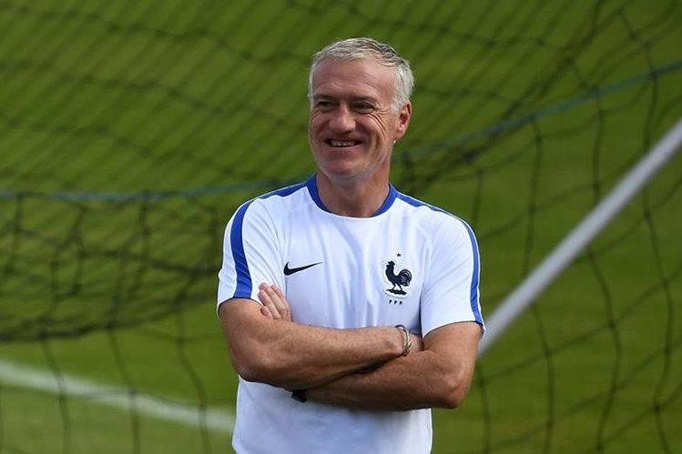 Didier Deschamps espera hacer historia. (Foto Prensa Libre: AFP)