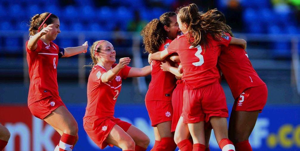Las jugadoras de la selección de Canadá celebran el triunfo. (Foto Prensa Libre: Federación de Canadá).