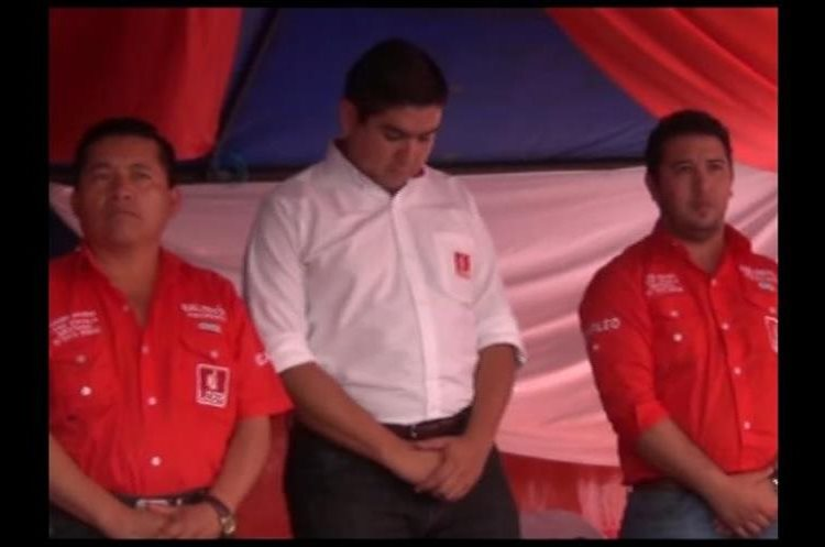 Presentación de candidatos a diputados por Quiché en asamblea del Partido Líder en la cabecera departamental. (Foto Prensa Libre: Hemeroteca)