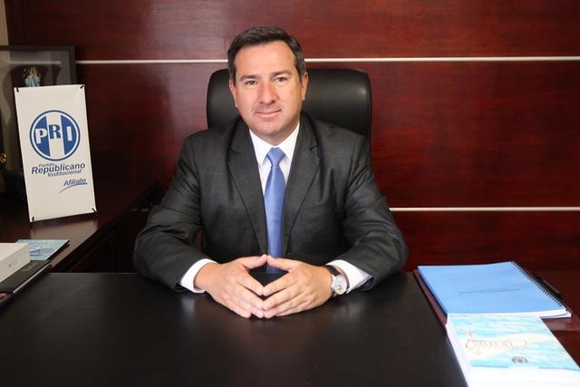 El presidenciable fue electo diputado con el extinto partido Frente Republicano guatemalteco (FRG). (Foto prensa Libre: Esbin García)