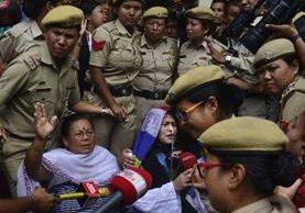 Irom Sharmila(d), activista india finalizó 16 años de huelga de hambre en en Manipur.(AFP).