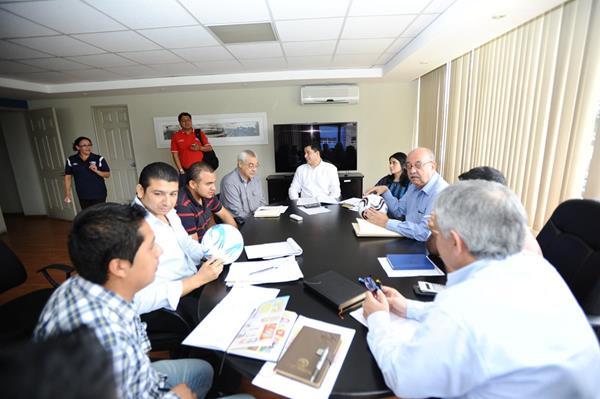 Dirigentes de la Liga Nacional y Primera División, se reunieron este martes. (Foto Prensa Libre: Francisco Sánchez).