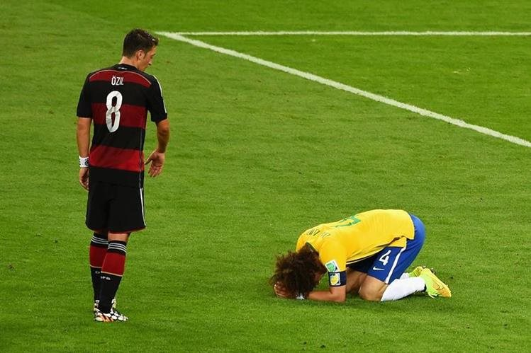 Brasil sufrió la goleada más humillante de su historia frente a la poderosa Alemania en el 2014. (Foto Prensa Libre: Hemeroteca)