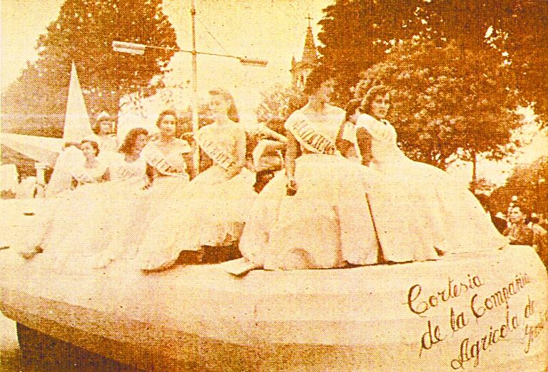 Grupo de bellezas quetzaltecas en 1940. (Foto: Hemeroteca PL)
